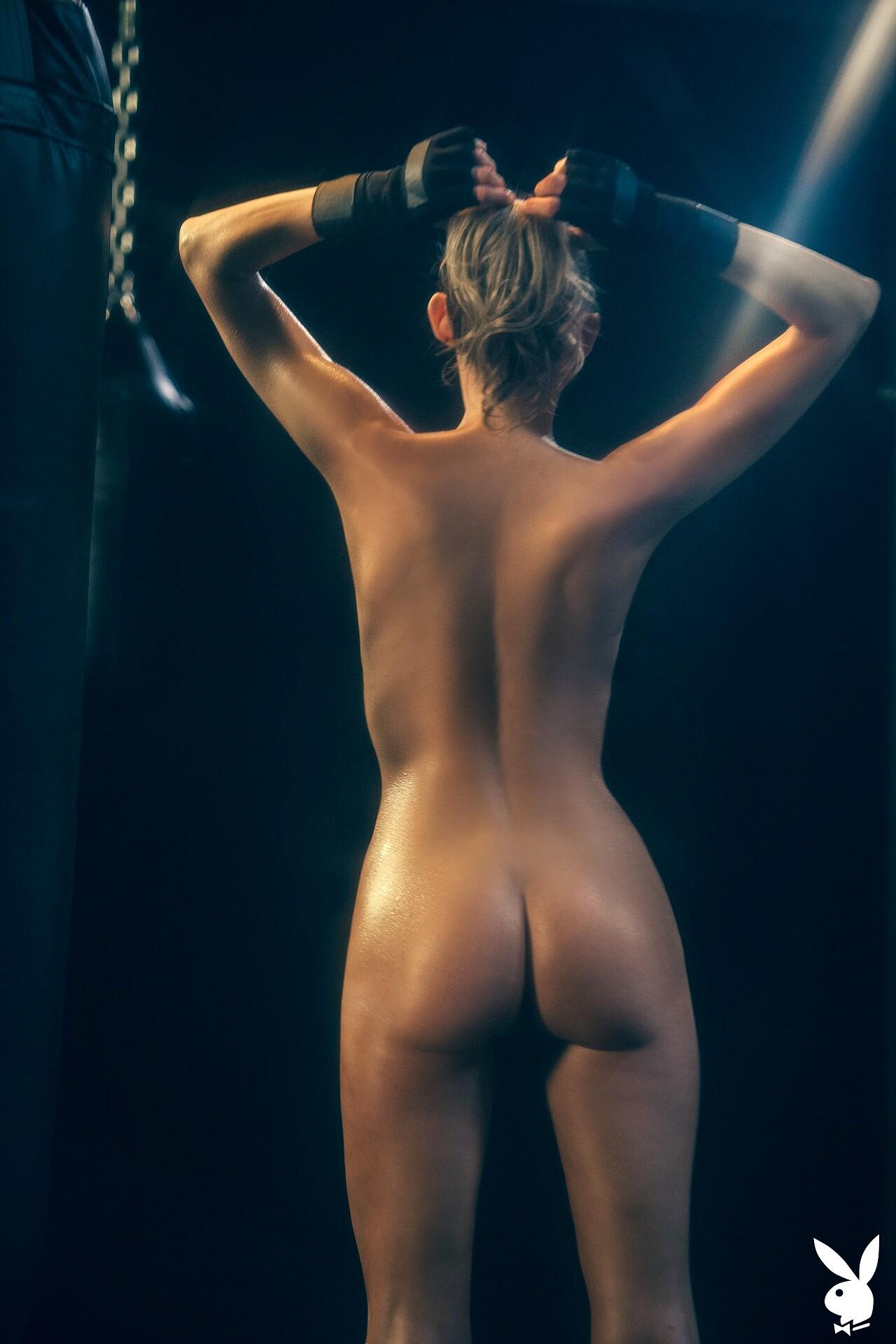 Natalie Mae  nackt